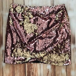 Top shop sequin skirt size 10 nwt